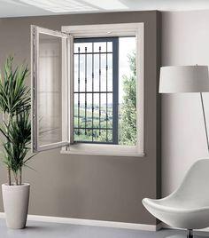 #Scrigno Belvedere è un controtelaio in grado di accogliere un'anta esterna scorrevole a scomparsa, persiana o inferriata, abbinata ad un infisso interno a battente. #revolutionscrigno #finestre #window