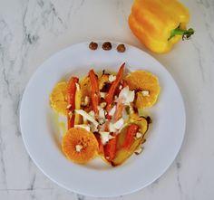 Poivrons jaunes et carottes rôtis aux oranges et noisettes Orange, Tacos, Mexican, Ethnic Recipes, Food, Balsamic Vinegar, Goat Cheese, Carrots, Meal