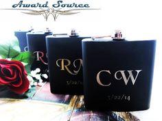 Set of 1 Black Flask  Groomsmen Gift Flask  by weddingpartygifts