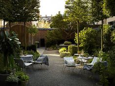 Jardim de Área Externa de Restaurante
