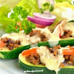 Fajita Stuffed Zucchini http://cleanfoodcrush.com/fajita-stuffed-zucchini/