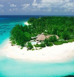 """Seychelles Attractions - an amazing creations of nature. The beach is located about 3 km west of Victoria and can be reached walking or by bus. The beaches in the south of the island are beautiful and secluded than the north.  The National Water Park """"St. Anna"""" is comprised of six islands located a few kilometers from Victoria."""