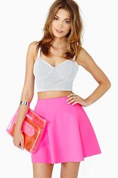 nasty gal. dive skirt. neon pink. #fashion