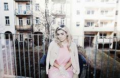 ♡ G A I N  P O W E R B Y P R E T E N D I N G T O B E W E A K♡- light pastel pink 1950s