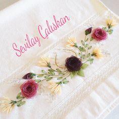 The Art of Silk Ribbon Embroidery - Embroidery Design Guide Silk Ribbon Embroidery, Embroidery Applique, Cross Stitch Embroidery, Embroidery Patterns, Ribbon Art, Diy Ribbon, Lace Beadwork, Crochet Flower Tutorial, Brazilian Embroidery