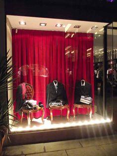 Decorar vitrine de loja de roupa masculina 007                                                                                                                                                                                 Mais