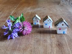 Wooden small houses with stone roof - Set of 3 miniature houses - Decorative little houses