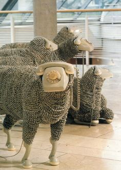 """When I'm calling. Telephone Sheep by artist Jean Luc featured in a Frankfurt museum. A flock of sheep made from old rotary phones. The """"wool"""" is made of phone cords. Fabulously creative and if you blur your eyes, they really DO look like sheep! Instalation Art, Frida Art, Graphisches Design, Free Design, Art Plastique, Oeuvre D'art, Making Out, Sculpture Art, Modern Sculpture"""
