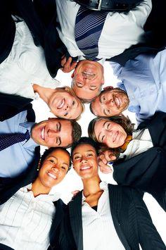 Ce trebuie să faci pentru a te înțelege bine cu ceilalți angajați ? o.O  BRD, Bitdefender, ERICSSON, GENPACT recrutează personal! Află de aici mai multe informații! » https://issuu.com/performance-rau/docs/nr-50-mar-2016/26