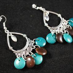 Boucles d'oreilles ethniques perles tagua bleu canard et brun marron