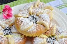 Czech Recipes, Doughnut, French Toast, Sweets, Breakfast, Czech Food, Milan, Cakes, Decor