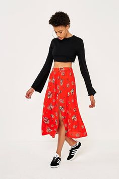 Pins & Needles Red Floral Midi Skirt | Urban Outfitters | Women's | Bottoms | Skirts #urbanoutfitterseu #uoeurope