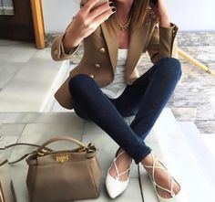 Image about girl in Fashionista!♡ by 🌸 on We Heart It Blazer Outfits, Fall Outfits, Casual Outfits, Fashion Outfits, Womens Fashion, Work Fashion, Fashion Looks, Look Boho, Norma Jeane