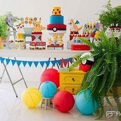 Festinha Pokemon por @artecoisaetal_  #kikidsparty . . . . .  #party #happy #love #family #birthday #bday #instabday #picoftheday #instagood #kids #festainfantil #kidsparty #instaparty #partyideas #inspiracoes #ideias #instamood #partykids #decor #decoracaofesta #instadaily #kikidspokemon #pokemon #pokemongo #festapokemon #festademenino