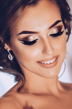 Wedding Make Up Ideas For Stylish Brides ❤ See more: www. Wedding Make Up Ideas For Stylish Brides ❤ See more: www.weddingforwar… Wedding Make Up Ideas For Stylish Brides ❤ See more: www. Diy Wedding Makeup, Bridal Eye Makeup, Wedding Makeup For Brown Eyes, Natural Wedding Makeup, Wedding Beauty, Wedding Make Up, Hair Wedding, Natural Makeup, Wedding Bride