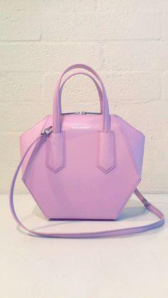These Beautiful Italian Crafted Handbags #sageaubrey @thesageaubrey WWW.SAGEAUBREY.COM