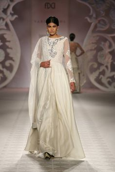 Varun Bahl - India Couture Week 2014