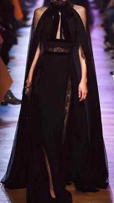 Elegant Dresses, Pretty Dresses, Beautiful Dresses, Couture Fashion, Runway Fashion, Womens Fashion, Haute Couture Gowns, Look Fashion, High Fashion