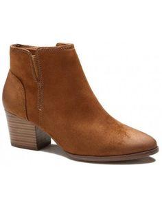 16ed7885461a6 10 meilleures images du tableau Bottines   Heels, Coast heels et ...