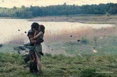 Movie still from Sony/Lionsgate movie 'Pompeii' (Emily Browning, Kit Harington)