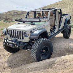 Jeep Jl, Jeep Cars, Jeep Truck, Jeep Scout, Jeep Sahara, Jeep Photos, Badass Jeep, Jeep Pickup, Jeep Wrangler Unlimited