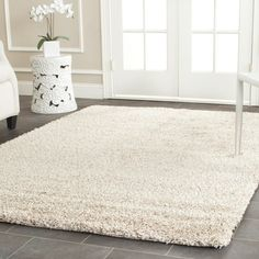 great wall color to add value to a dining room........Safavieh California Shag Collection SG151-1313 Beige Shag Area Rug, 8 feet by 10 feet (8' x 10')