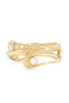 25 Unique Rings For The Offbeat Bride #refinery29  http://www.refinery29.com/67769#slide-2  ...