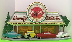 Vintage-Coca-Cola-1950-039-s-Diner-Style-3D-Wallclock-Works-Collectable