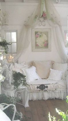 Shabby chic bedroom romantic lace