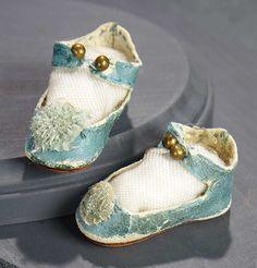 """""""What Finespun Threads"""" - Antique Doll Costumes, 1840-1925 - March 12, 2017: 158 Aqua Kidskin """"E.J."""" Shoes For Bebe Jumeau, Size 5"""