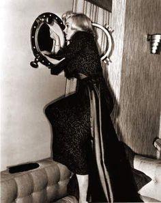 """Marilyn Monroe in """"Gentlemen Prefer Blondes"""" 1953"""