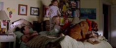 Everyone on the bed--The family man. Tea Leoni, Nicolas Cage, Interesting News, Favorite Holiday, Movie Tv, Cinema, Family Guy, In This Moment, Film