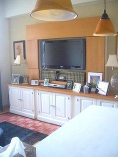 $2,700  71st & Columbus  800sqft  Doorman  Juliette balcony  Laundry  Bike Room