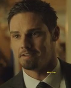 Jay Ryan as Vincent in Beauty and the Beast S2 2014