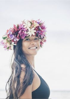 Photos of a Polynesian Wedding in Maharepa, Moorea Samoan Wedding, Polynesian Wedding, Polynesian Girls, Polynesian Culture, Tahitian Costumes, Tahitian Dance, Flower Dance, Hula Dancers, Flower Headpiece