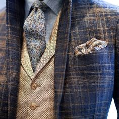 @josephabboud - killing it in this combo...so want to recreate! #menswear #dapper #gq #mensstyle #fashion #style