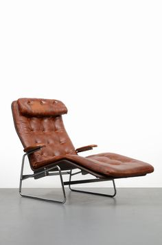 Sam Larsson; Chromed Steel And Leather U0027Fenixu0027 Chaise Longue For Dux, C1980.