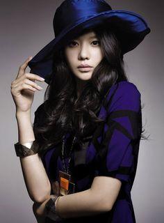 Kim Ah-Joong.