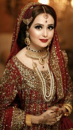 Brides / Dulhan from pakistan and india mostly on their barat day / wedding day leave to her husband's home. On barat wearing red & gold traditionally. Pakistani Bridal Makeup, Pakistani Wedding Outfits, Bridal Outfits, Pakistani Dresses, Indian Bridal, Bridal Looks, Bridal Style, Pakistan Bride, Bridal Makeover