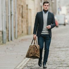 @alexrochal with  @photosbyzoe making our holdall look boss. #scaramanga #mensstyle #menswear #mensfashion #streetstyle #street #swag #mens #manbag #canvas #dapper #guyswithstyle #menwithstyle #welldressed #standrews