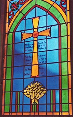 """Show: John """"For God so loved the world that He gave His only begotten Son, that whoever believes in Him shall not perish but have everlasting life. Cross Quilt, Bible Images, Church Windows, Wood Crosses, Favorite Bible Verses, Art Club, Stained Glass Windows, Fused Glass, Glass Art"""