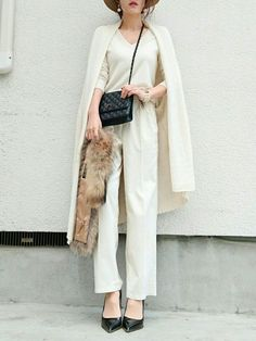 daily style from WEAR japan page Zara Fashion, White Fashion, Asian Fashion, Fashion Pants, Fashion Outfits, Womens Fashion, Zara Mode, Winter Stil, Japanese Outfits