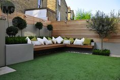 "30 Beautiful Small Garden Design For Small Backyard Ideas Patio Pin On Garden 10 Outdoor Seating Ideas To Sit Back And Relax On This Summer Garden Seating Ideas For Your … Read More ""Small Garden Seating Ideas"" Backyard Design, Garden Seating, Small Backyard, Terrace Design, Small Gardens, Front Yard, Modern Garden, Modern Garden Design"