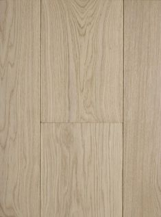 Get the minimalist 'scandi look' with clean rows of smooth 'Oak Polar White'.