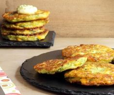 Comfort food: Corn & Coriander Fritters - The Cooking Academy Entree Recipes, Brunch Recipes, Appetizer Recipes, Vegetarian Recipes, Healthy Recipes, Vegetarian Breakfast, Vegetable Recipes, Keto Recipes, Dinner Recipes