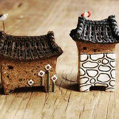 귀염둥이 집이야~~~^^ #하늘빚다 #도자기집#오브제 #한옥 Sustainable Design, Rock Painting, Bonsai, Painted Rocks, Traditional, Mini, Traditional Homes, Stone Painting, Painted Pebbles