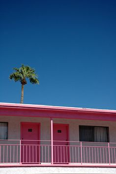 Las Vegas - The Other Side - Pink Motel