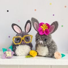 There's still time to get your Easter craft on! These cute little pompom bunnies are relatively quick and easy to make YOU WILL NEED: Grey and White wool - I've used Red Amore from Loveknitt...