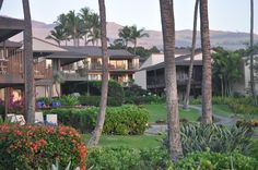Many of the units at Elua Village have spectacular views of the water and Wailea Beach