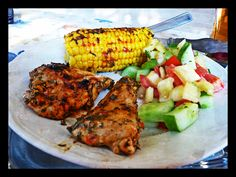 Fresh salad, with spicy chicken and roasted corn ^ ^ YUMMMMY